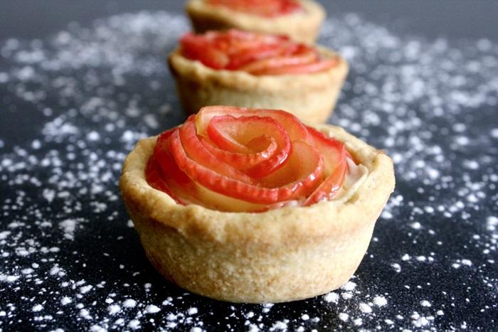 咦?這個也是草莓做的麻?  登愣!是蘋果啦!蘋果VS.草莓不分上下唷!