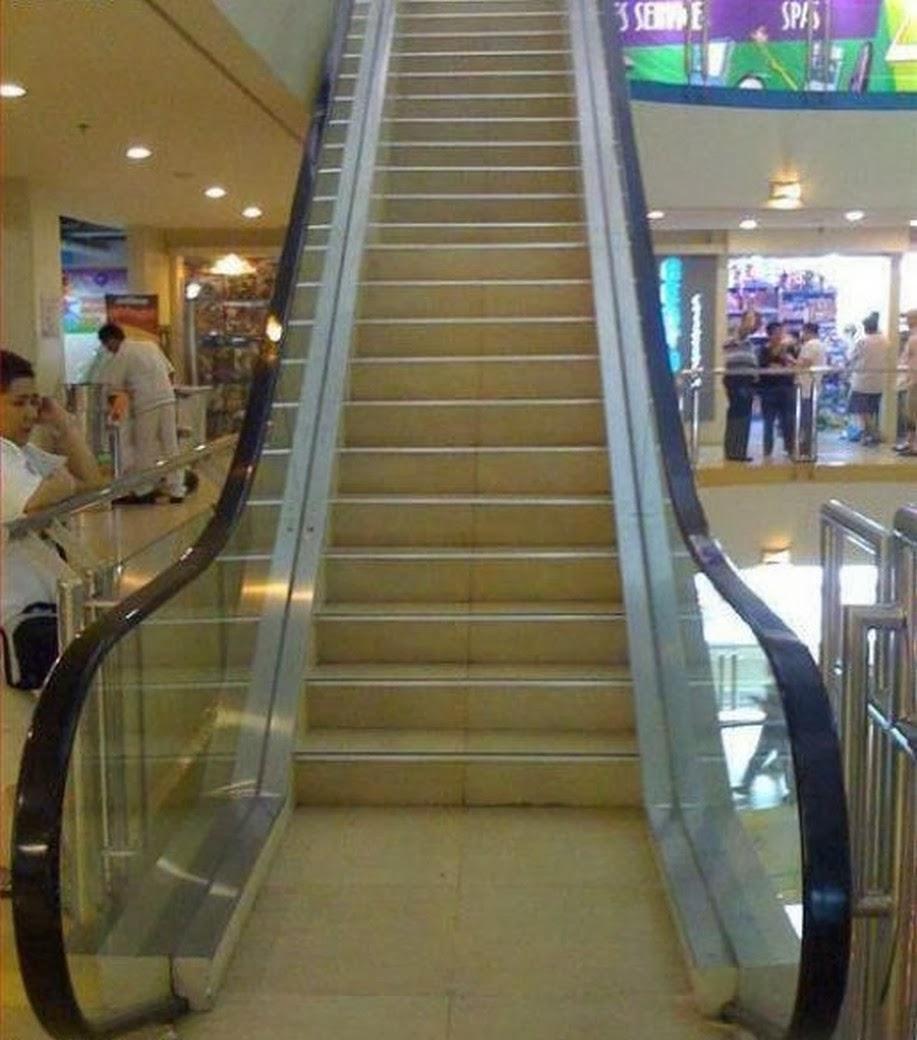 #15 做手扶梯造型的樓梯~大家都會跑來搭~ 結果最後自己走上去~設計師應該是想倡導爬樓梯運動