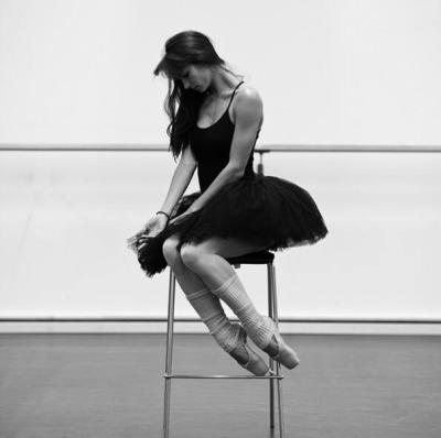 芭蕾舞一度在歐洲十分壯大 直到1830年後沒落~