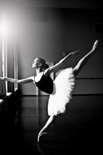 因為多種高難度技術 芭蕾舞需要長時間練習