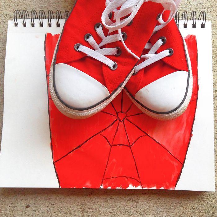 水彩~ 看得出視蜘蛛人的面罩吧~