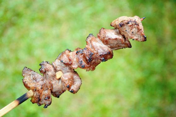 用木炭烤的, 外面香酥,裡面嫩嫩der...簡直極品!!!