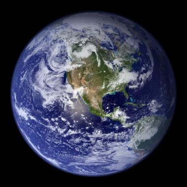三號候選人—地球(earth)   我們所居住的最美麗的地球~♥ 藍藍的、綠綠的,光看就覺得心曠神怡, 是位個性溫柔美麗的行星小姐!