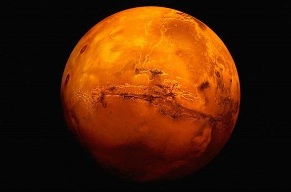 四號候選人—火星(Mars)   在許多電影當中,火星小姐都參與過演出, 可是全世界家喻戶曉的大明星呢!