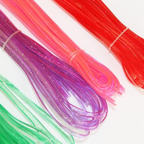 4. PVC編織條 看我編編編~手環、項鍊通通都沒有問題! 顏色還可以自己搭配,最佳造型師就是我!