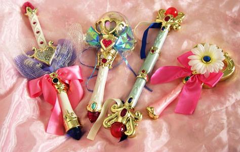 12. 魔法棒 小女孩們的必備道具~變身器、魔法棒! 每個小女孩都想變成月光仙子、小魔女DOREMI, 一定要拜託爸爸媽媽買的必備道具呢~