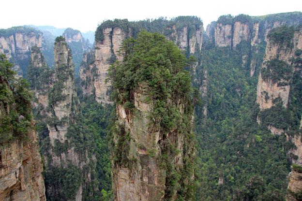 那裡的山峰高聳,讓人不由的聯想,這裡是否有神仙居住啊~?