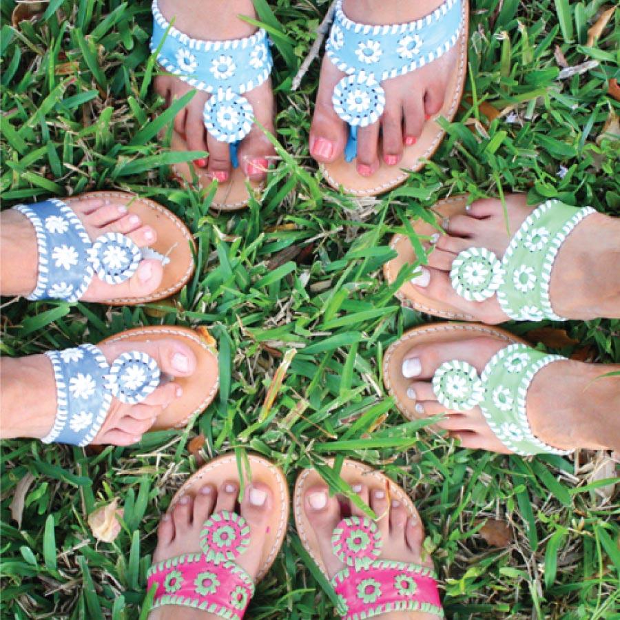 看完了這摸多種類,有心動的嗎? 趕快選一雙美麗的涼鞋!陪伴你度過炎熱的夏天吧!:)