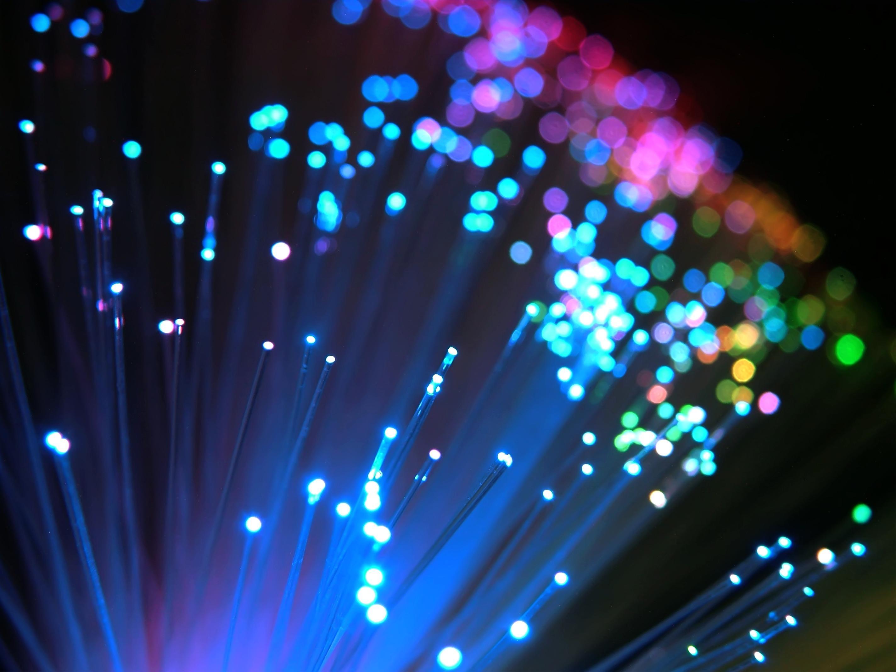 5. 最快的網速  韓國以每秒33.5Mbps的網速稱霸全球 這個速度比第二名的香港幾乎快了3倍
