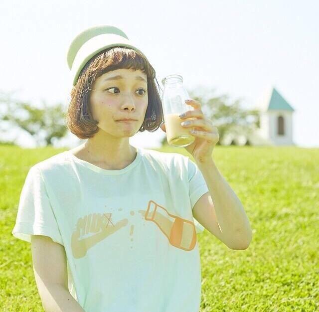 這位女版CHEN的本名是「荒井愛花」~ 她的身份是日本雜誌模特兒唷!