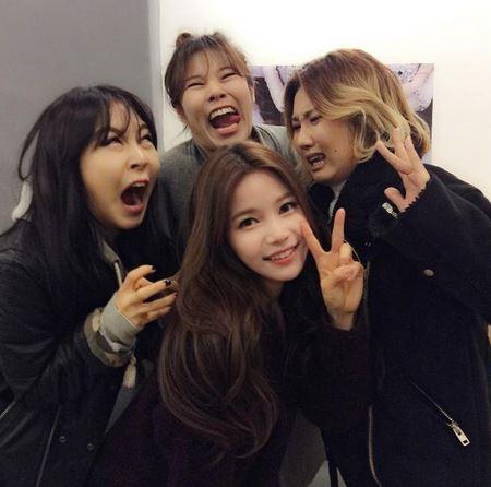 4個搞怪女孩即將帶著第二張迷你專輯《Pink Funky》回歸