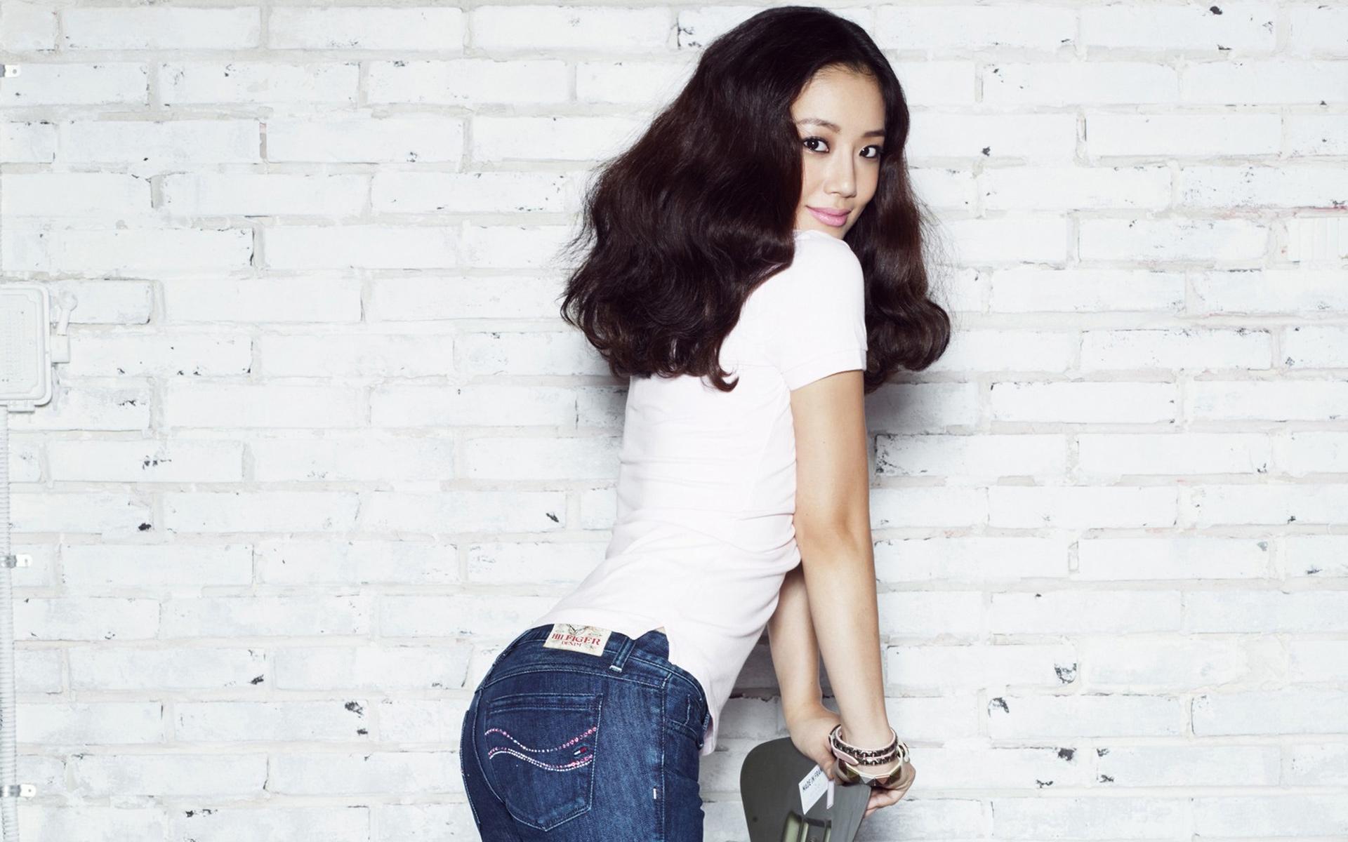 5. 很意外欸~女演員文彩元(28歲)不是走氣質路線的嗎?從來沒想過她身材這麼好!