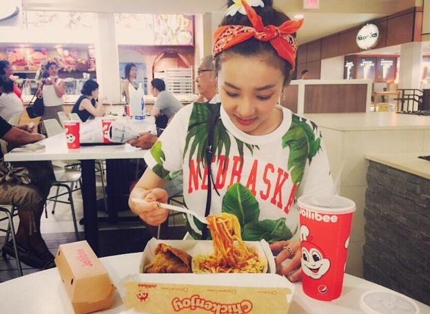 耶?!又開吃了….算了~出外放鬆就是吃吃喝喝的節奏啊! 這次吃的是美國當地的快餐