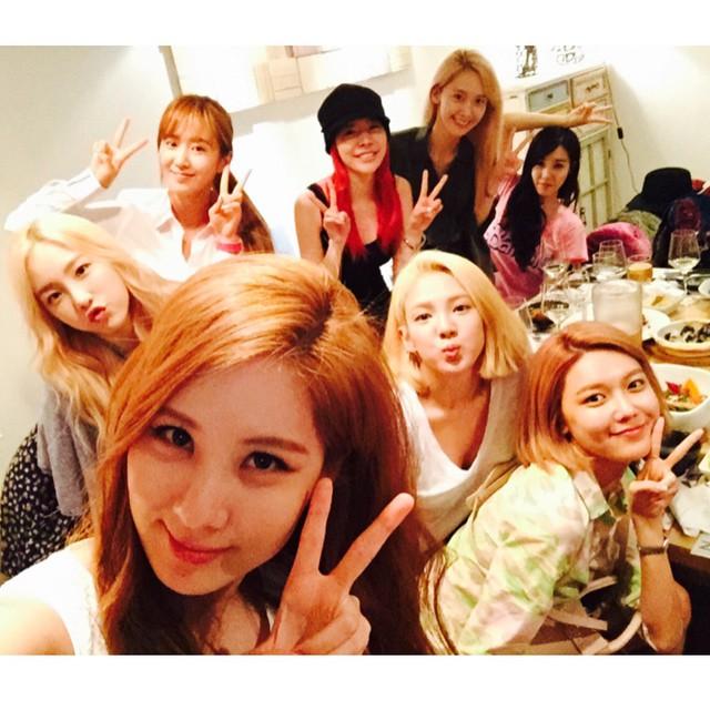 就在8妞如火如荼準備,MV還特地拉到泰國去拍攝~ 歌謠界的新生代女團也沒在驚!跟少女時代硬碰硬!