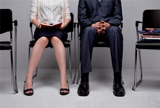 韓國就有調查,實際職場上工作的人們,有42.5%都談過辦公室戀情捏!
