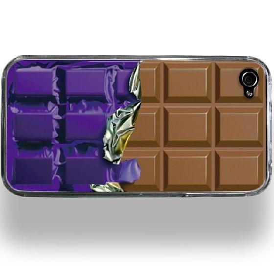 這樣電話講久了會不會有巧克力黏在手上?