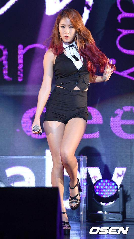 第二位是Sistar昭宥!!!