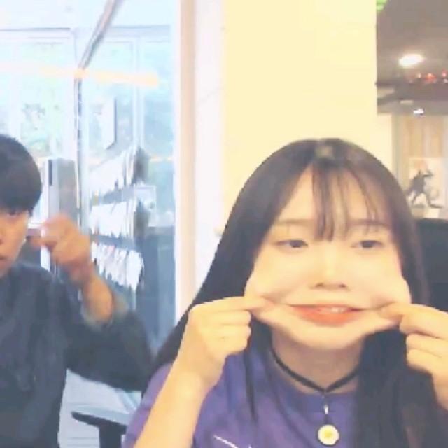 以上就是今天的整理報導 彩妍扮醜其實也不輸人的~♥ 這樣還可以嗎?