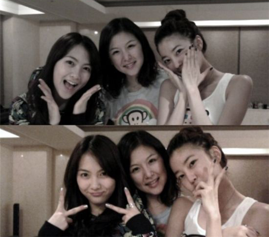 # 姜知英:三姐妹中,排行老么(大姐-二姐-姜知英) 表姐是女歌手NS允智