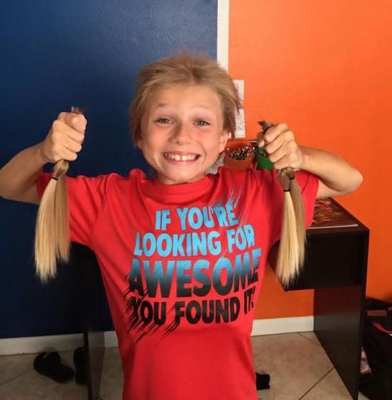 那就是~長髮是為了捐給癌症病童所留的!!!