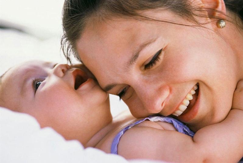 另外,產後的姐妹們,除了要持之以恆的運動以外,還可以配合卡洛里限制的減肥法。飲食上,減少脂肪的攝取,可以吃一些大麥飯或是十穀飯等,幫助減肥唷!
