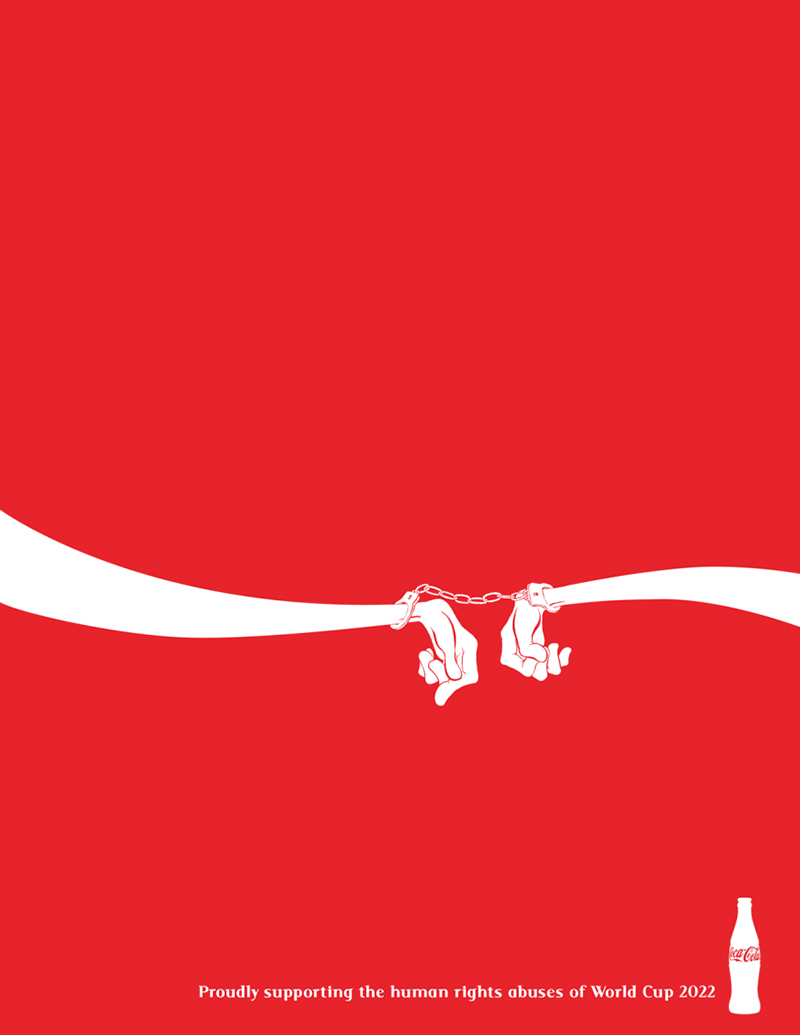 #可口可樂LOGO 奴役們的手臂被手銬鍊住
