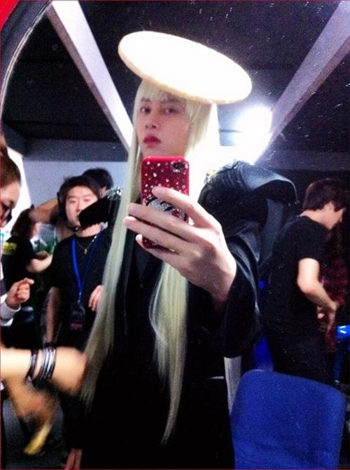 再怎麼高難度的時尚,對我希Gaga來說~~~~