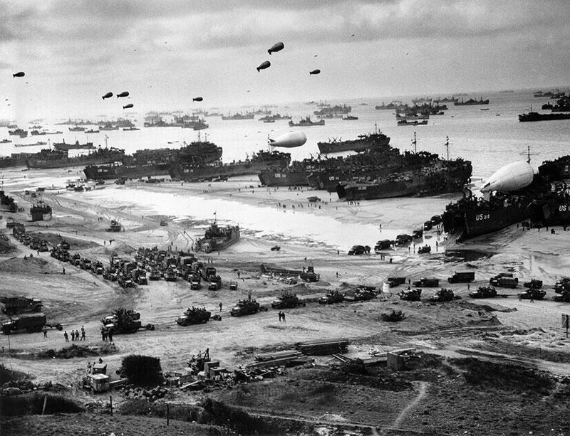 上一篇有提到美國的大恐慌時代,但美國之所以能夠克服大恐慌的原因,多半是因為「第二次世界大戰」(當然富蘭克林總統的新政也是有一些影響力)