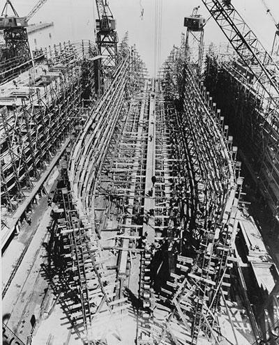 還生產了軍艦7,600艄等。猶如星海爭霸中,按下Operation CWAL一樣,持續驚人的高速生產!