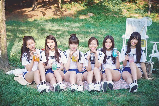 今天初,以非常少女風格的歌曲,團名叫做「女朋友(GFRIEND)」的6人女團出道了!