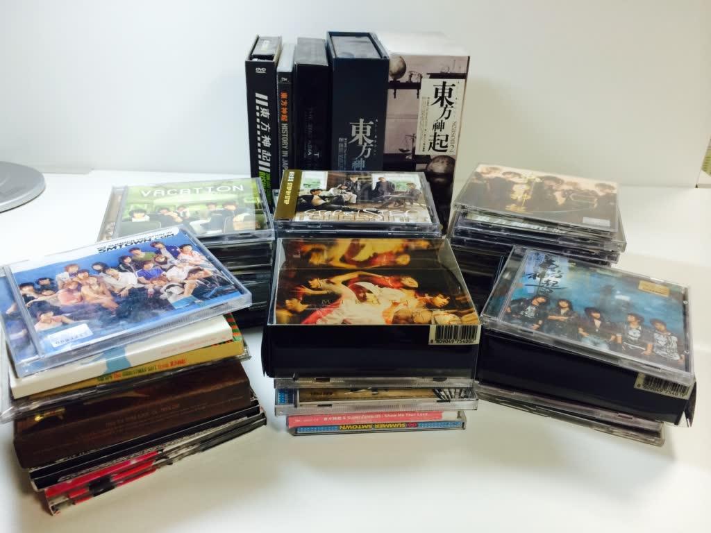 身為仙后一定不能少的,每出一張專輯都一定要買...(SM的資產小編貢獻不少)
