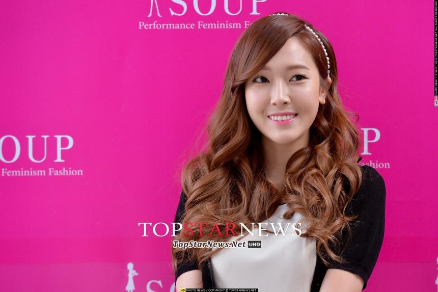 繼昨天宣布Jessica正式離開少女時代之後!