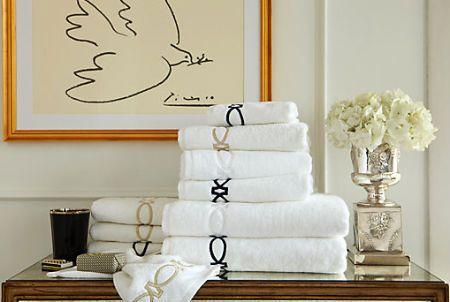 當然毛巾「高級」也是個重點,但是,像這樣整理得乾乾淨淨,看起來、用起來,心情當然就都很好摟!