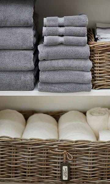 所以~~~今天要教大家,如何將家中的毛巾也摺得像飯店的一般的方法唷!一點都不困難,大家快準備好一條毛巾,跟著做吧!
