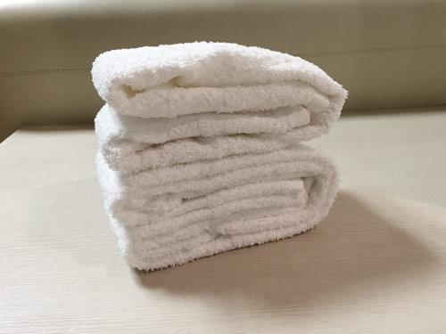 1. 四角型摺法:不管從哪一面來看,都是整整齊齊,乾淨!