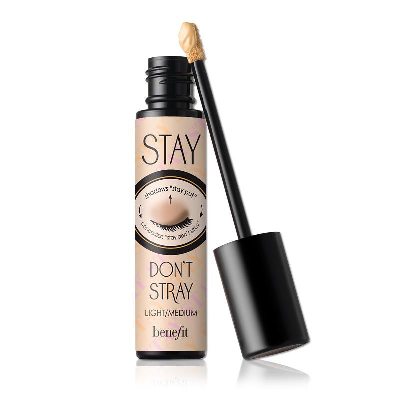 Stay don't stray—Benefit / 10g / 39,000韓幣(約台幣1115元):整個眼窩,包含黑眼圈遮瑕都可以使用。也能擔任遮瑕膏的角色,含有抗氧化的維他命C&E成分,防止眼部皮膚老化,保護眼部細嫩的皮膚。