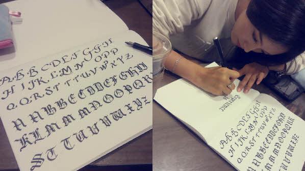 首先當然就是她享譽盛名的字體,練習過各式各樣書法字體的她,連寫一些叫不出名字的字體也不是問題