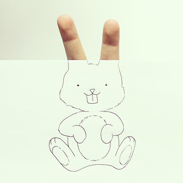 今天我們要帶大家看的是,他以手指巧妙搭配圖畫中的動物