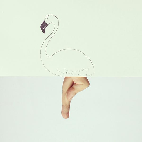 用手指搖身一變,鶴的長腿馬上出來!