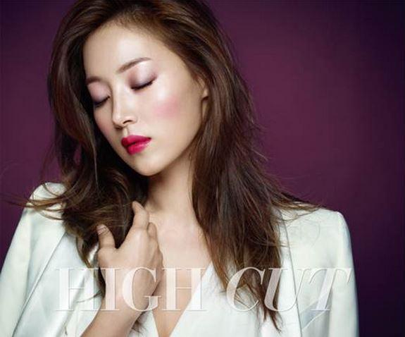 就連演員韓智慧都是Lip Maestro 奢華絲絨訂製唇萃的粉絲呢!光是這樣,就可想而知這款商品在女演員圈中,有多受歡迎了!