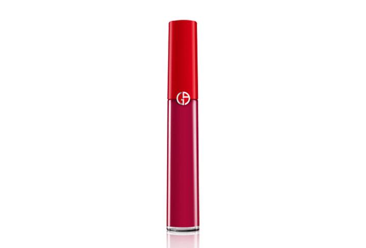 專門為了亞洲女性而開發的顏色,首發在韓國先行限量上市。生動冷豔的洋粉色,在想成為全場焦點時,使用再適合不過了!鮮豔的顯色效果,高飽和度,還不易產生唇部角質!大家一定要試試看摟~