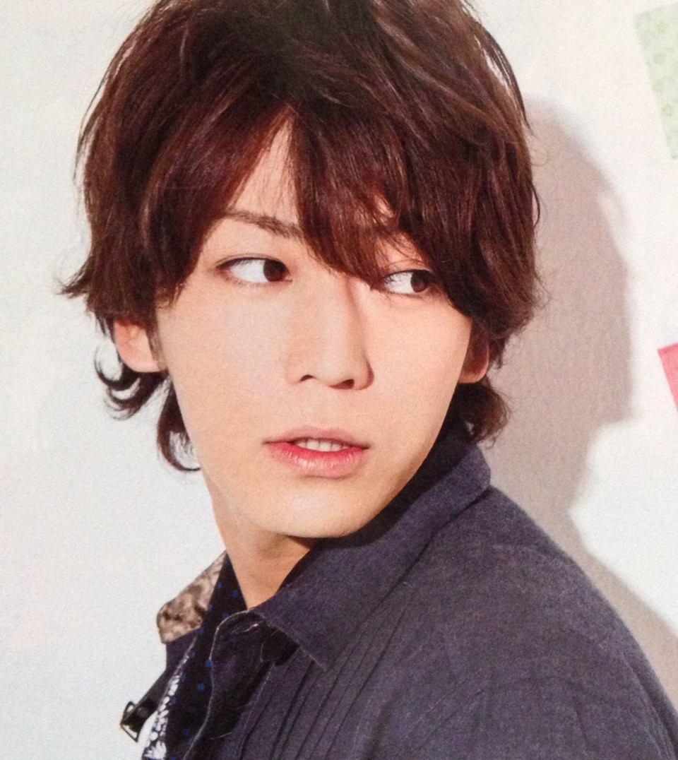 第10名 龜梨和也(1986.2.23)ㅣ歌手(KAT-TUN), 演員  代表作:東京下町古書店<2013>、極道鮮師2<2005>、改造野豬妹<2005>等