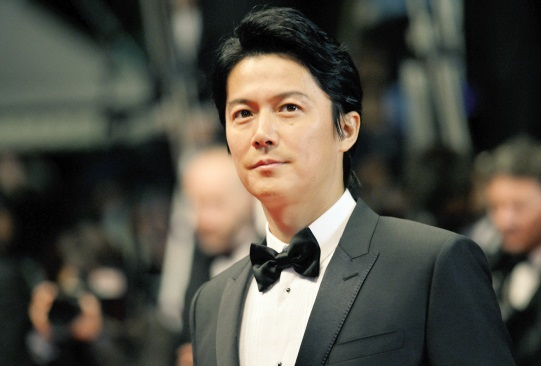 第1名 福山雅治(1969.2.6)ㅣ演員、歌手  代表作: 破案天才伽利略<2007~2013>、 龍馬傳<2010>等