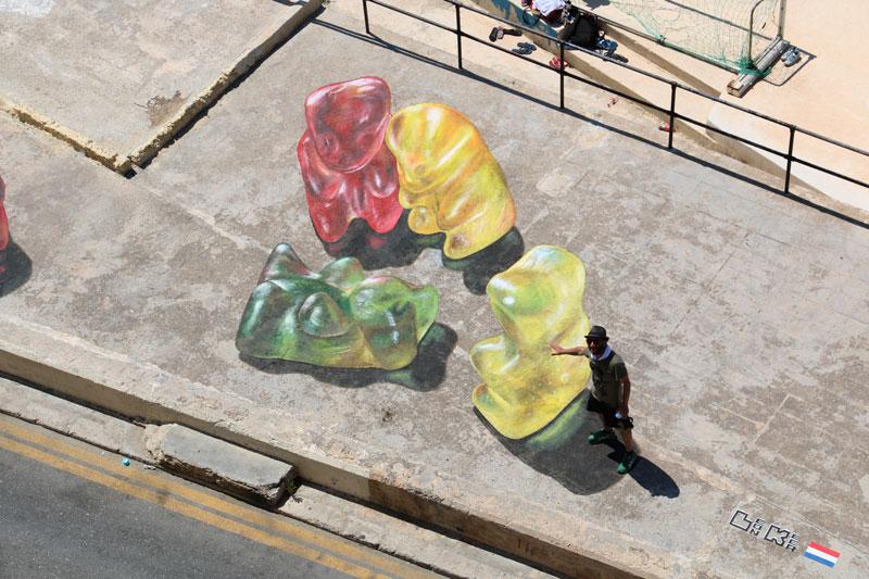 原來這就是有名的3D繪圖設計師Leon Keer的作品