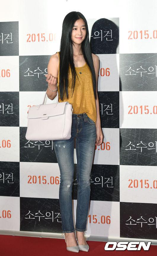 2013年出道,目前隸屬於小公司Made in Chan娛樂旗下藝人