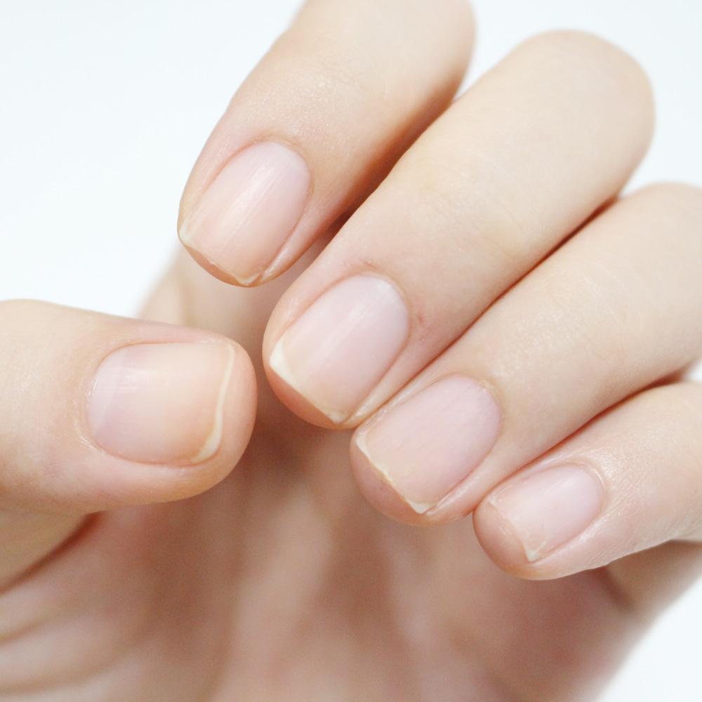 這樣子就可以以最小化的傷害把指甲卸乾淨了!!!