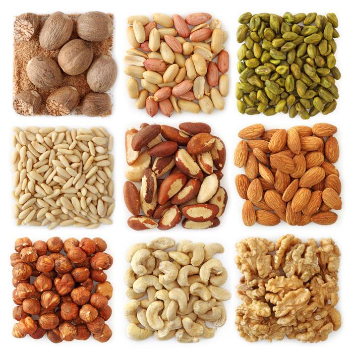 3. 堅果類:核桃、杏仁、花生等堅果類,很容易就有飽足感,所以跟少量正餐一起適量攝取的話,是很好的減肥食品