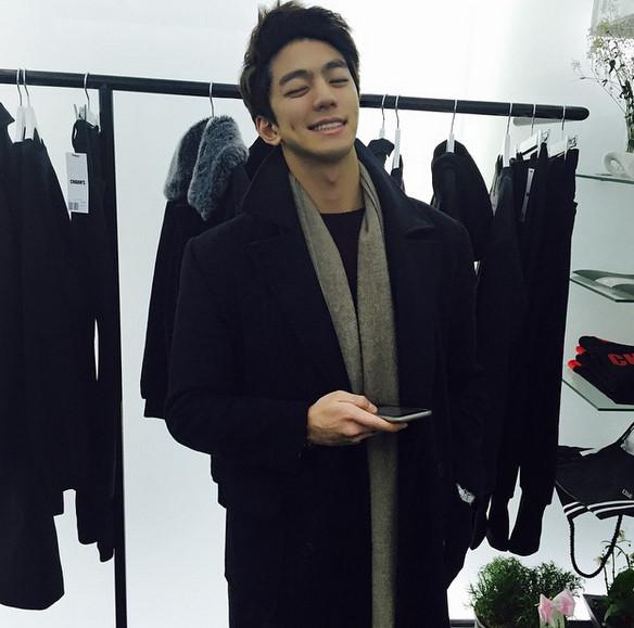 在2013年時他也有參與tvN《Monstar》和電影《The Five》