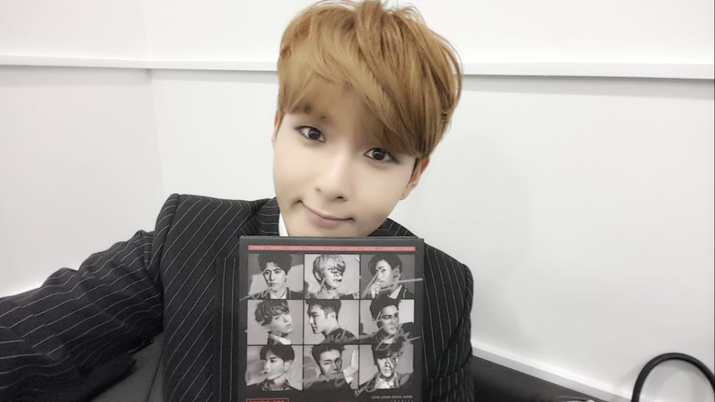 成員厲旭也在推特幫他加油說:「起範啊!一直會為你加油!真心盼望你在更好的地方更幸福過著,我們一起度過的Super Junior時光,會以很好的回憶長存」