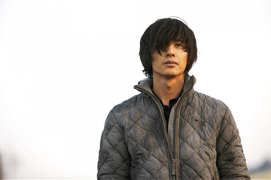 #7. 電影《大叔》: 元斌 (飾 車泰植)